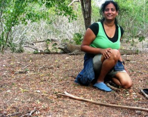 Anjaly Thomas poses with a Komodo